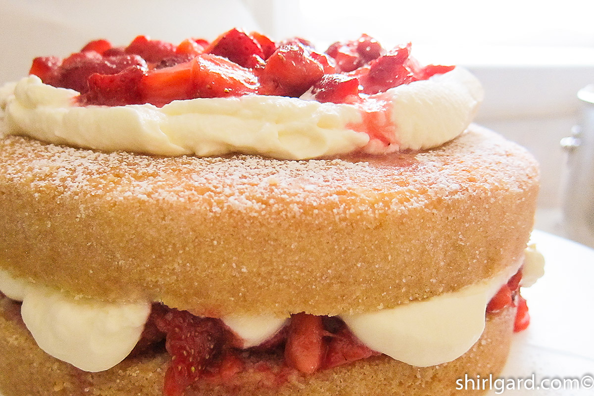 Finished layers of the shortcake
